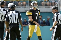 Steelers quarterback Ben Roethlisberger walks off the field after throwing an interception against the Dolphins in the third quarter Sunday at Hard Rock Stadium.