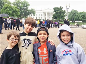 Matt Cullen's sons and Trevor Daley's son — Joey (now 6), Brooks (10), Trevor Jr. (7) and Wyatt (8) — pose in front of the White House earlier this year during a Penguins road trip.