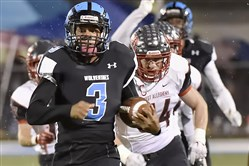 Saeed Holt of Woodland Hills has one more opportunity to break free for yardage in a high school game — Saturday in the Big 33 Football Classic.