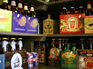 Gov. Tom Wolf promised today to sign a bill into law that will allow beer distributors to sell six packs.