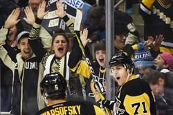 Evgeni Malkin celebrates his goal against the New York Islanders.