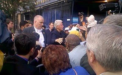 Bill Clinton rallies supporters in Aliquippa