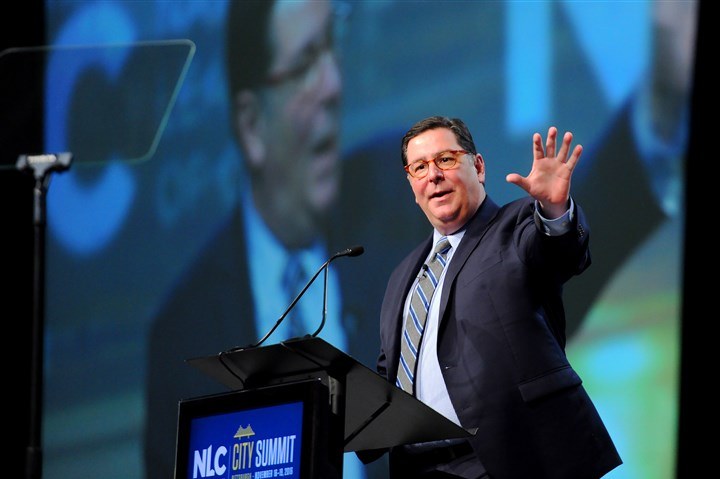 20161117ppCitySummitLOC Mayor Bill Peduto welcomes the National League of Cities' annual City Summit at the David L. Lawrence Convention Center in Downtown on Thursday.