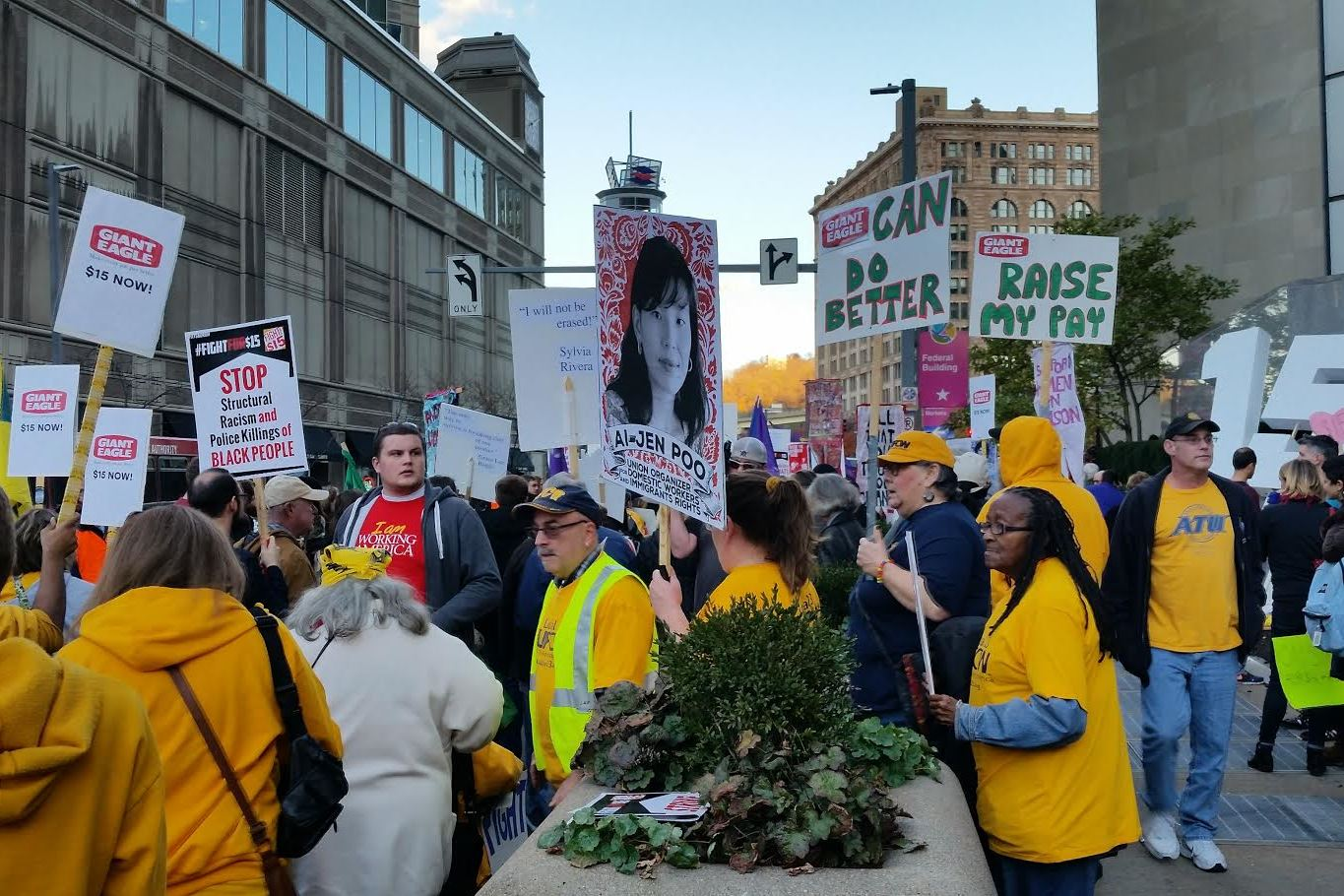 Pittsburgh workers protest as part of nationwide wage ...