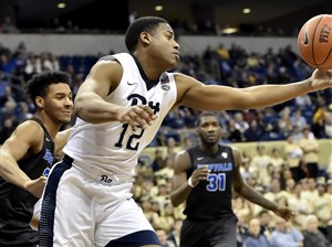Chris Jones reaches for a rebound against Buffalo in the first half Wednesday at the Petersen Events Center.
