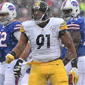 Stephon Tuitt is entering the final year of his rookie contract. The Steelers would like to sign him to a long-term contract before the start of the 2017 season.