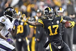 Eli Rogers picks up a first down Dec. 25 against the Ravens.