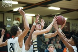 Quaker Valley's Ricky Guss attempts a shot last Friday against Beaver Falls.