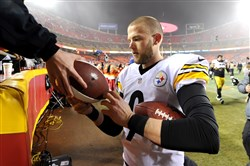 Steelers Chris Boswell signs autographs after kicking six field goals against the Chiefs to win Sunday at Arrowhead Stadium.