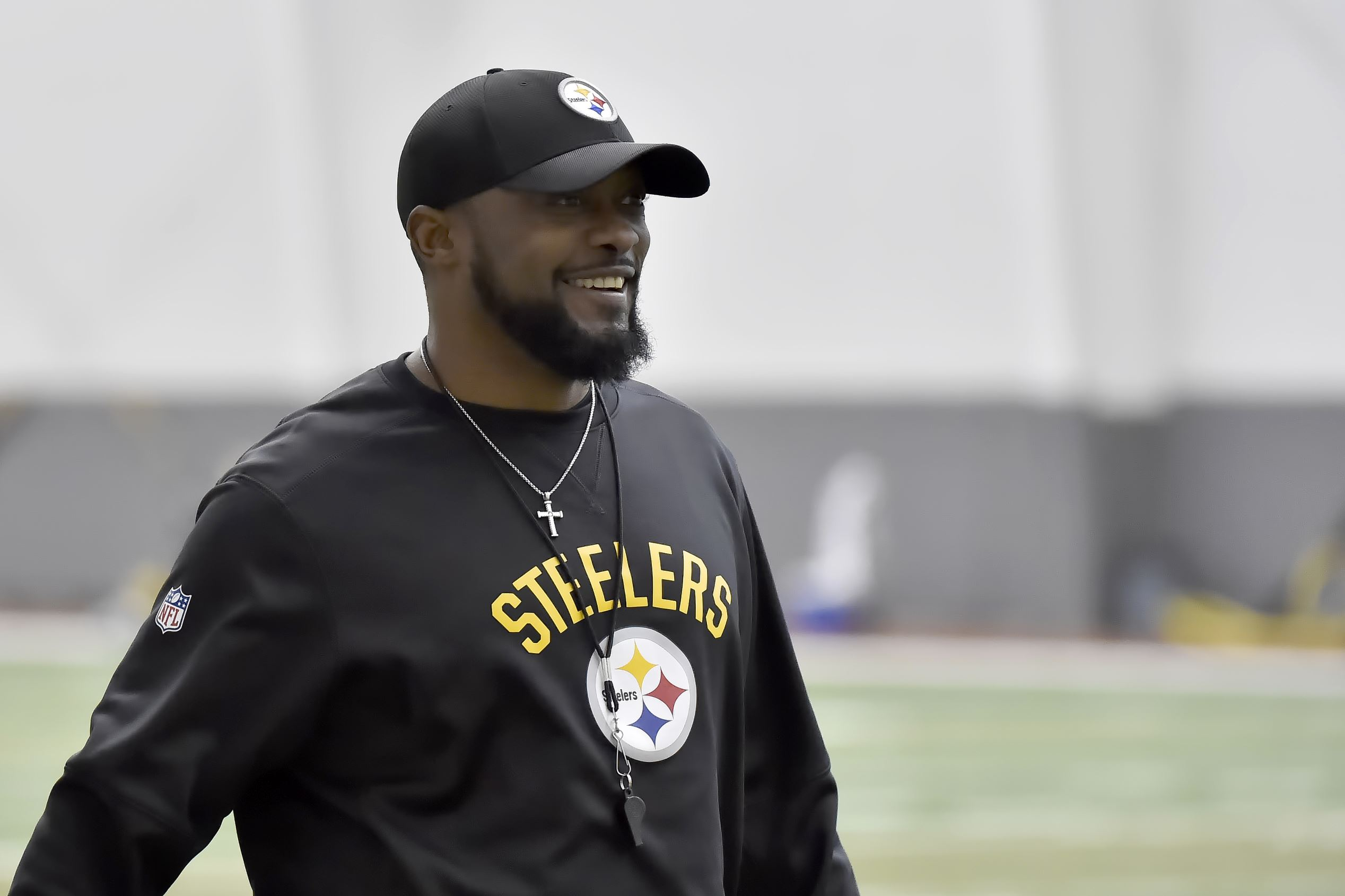 Man arrested for pulling fire alarm at Steelers' hotel