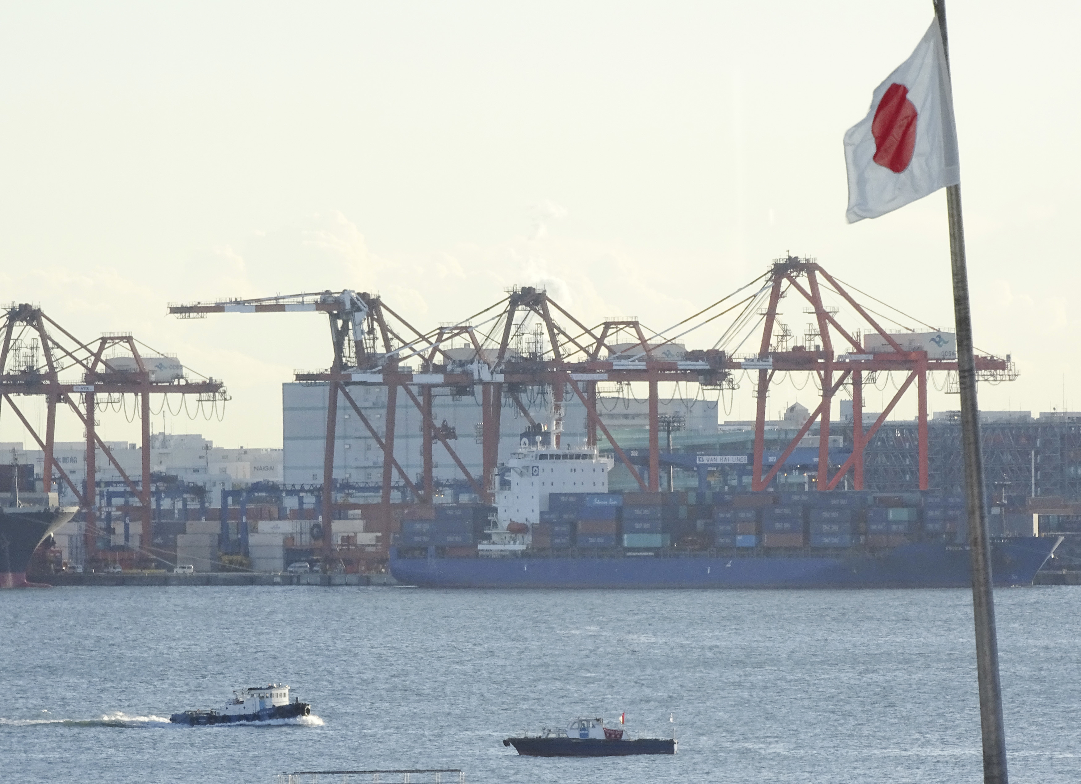 Japan Reports 1st Trade Surplus in 6 Years on Cheaper Oil