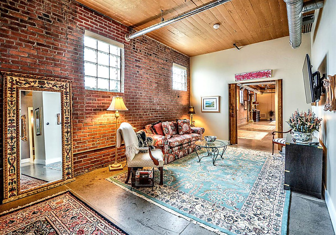 buying here strip district warehouse turned into a modern loft
