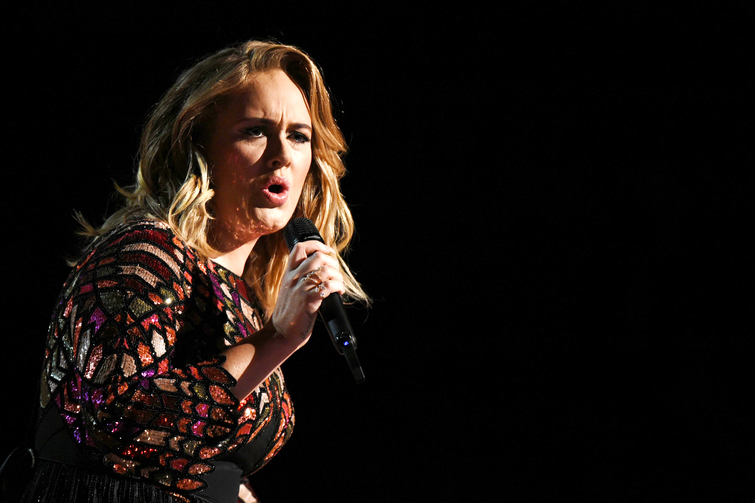 Grammy: Adele Goes 5-for-5 At The Grammys