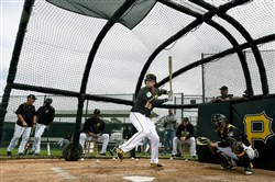 Pirates first baseman Josh Bell takes live batting practice Tuesday in Bradenton, Fla.
