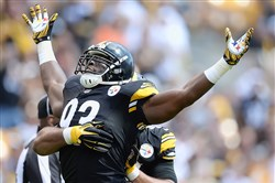 Jason Worilds celebrates a sack against the Cleveland Browns at Heinz Field.