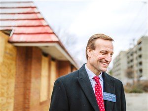 Pittsburgh homicide detective George Satler is challenging the re-election of Allegheny County Sheriff Bill Mullen.