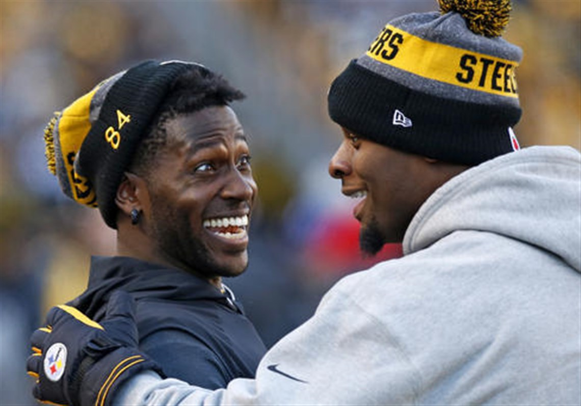 Antonio Brown is putting the pressure on Le Veon Bell to sign his