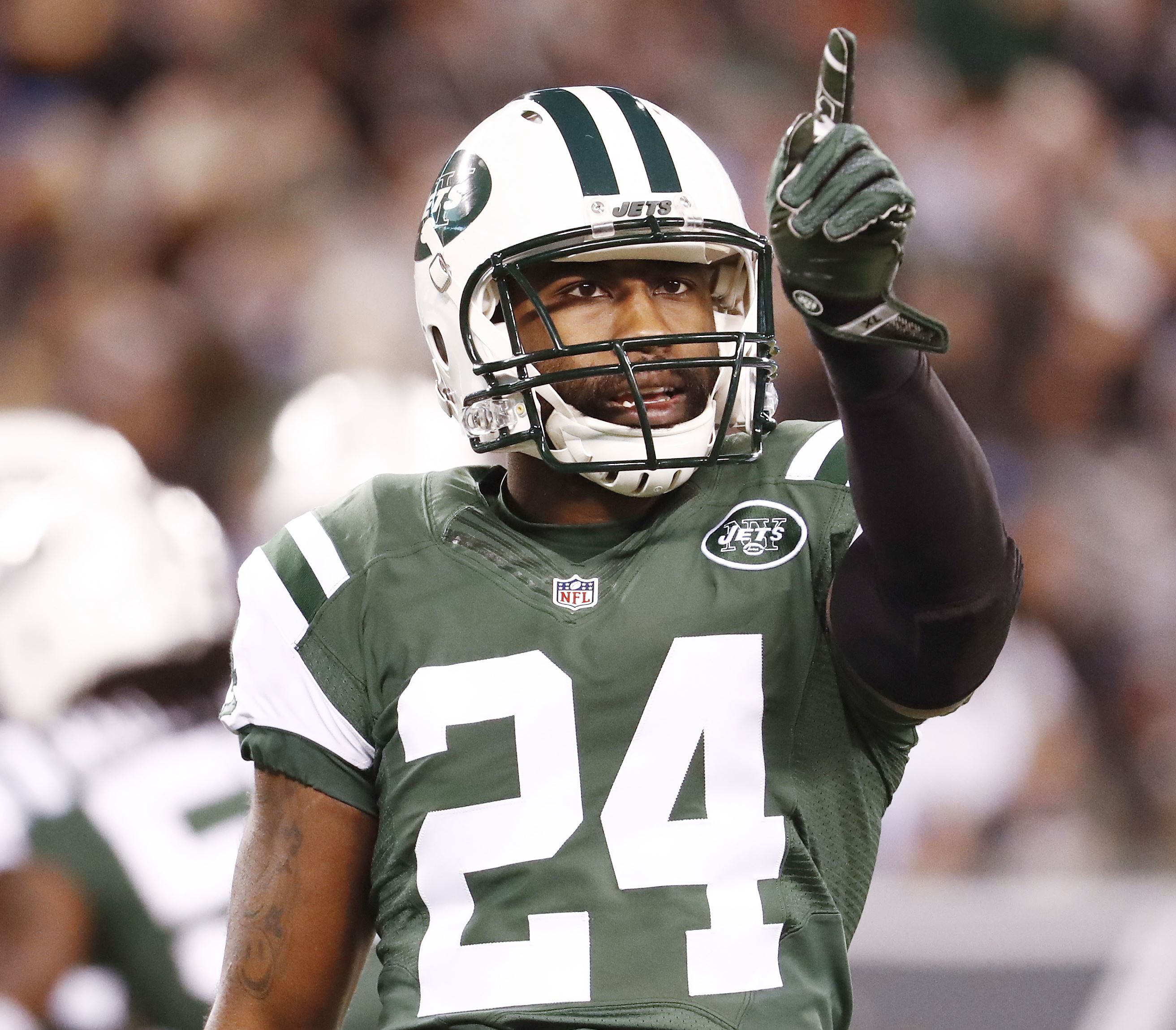 Darrelle Revis expresses desire to play for hometown Steelers after court date