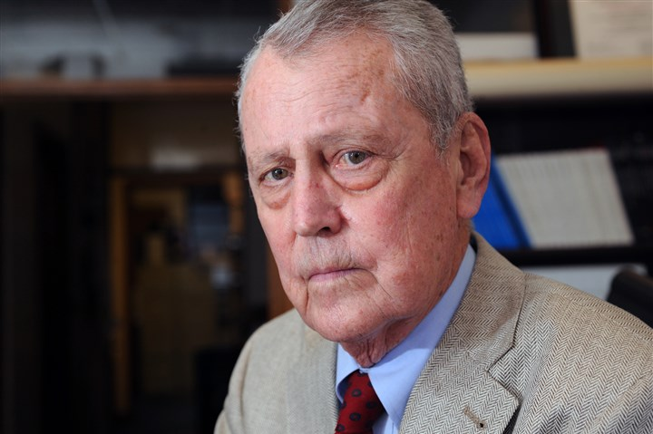 Thomas Starzl Dr. Thomas Starzl died early Saturday. He was 90.