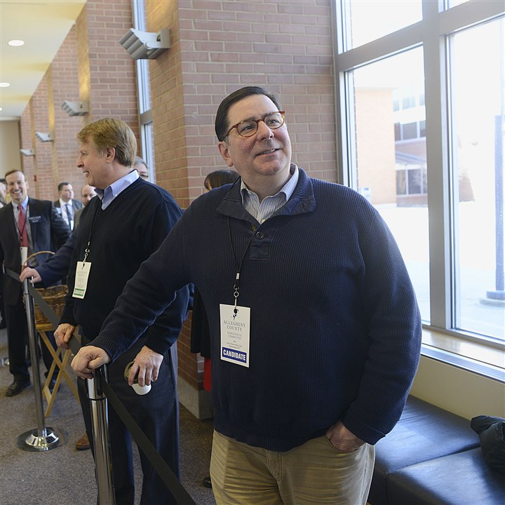 20170305lrdemocratsendorse16 Pittsburgh Mayor Bill Peduto
