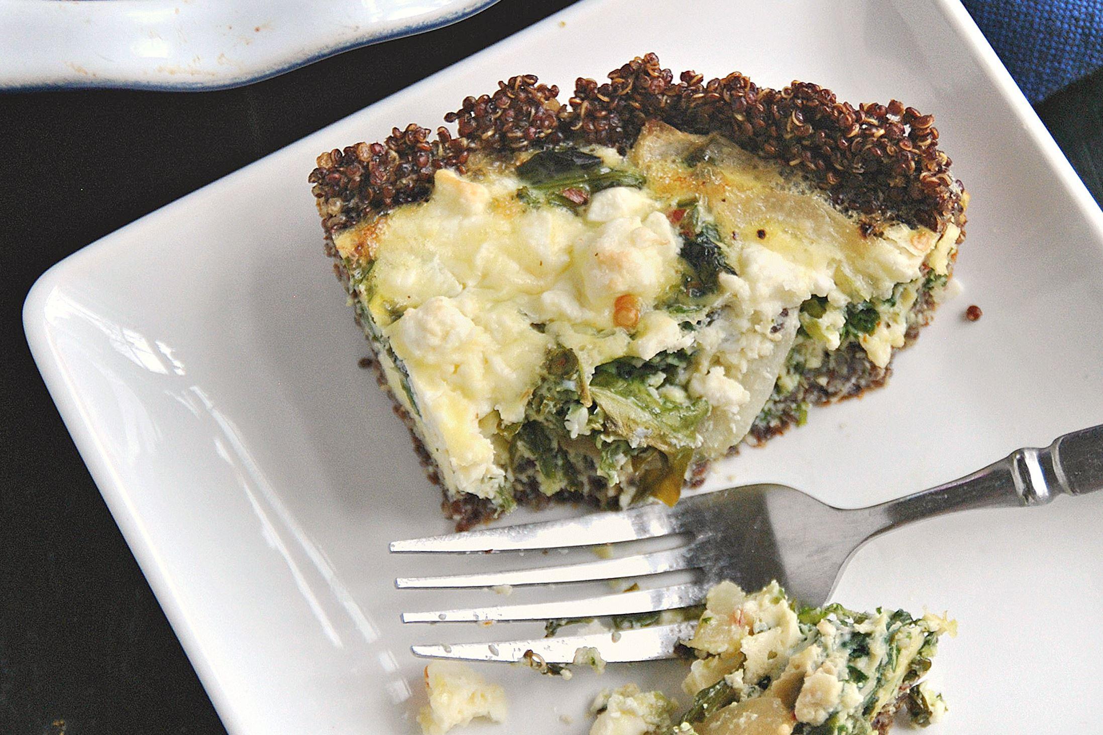 quinoa-quiche-1 Spinach and Feta Quiche With Quinoa Crust.