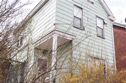 The house at the 932 Manton Way in Allentown, where Robert Terwilliger discovered two bodies.