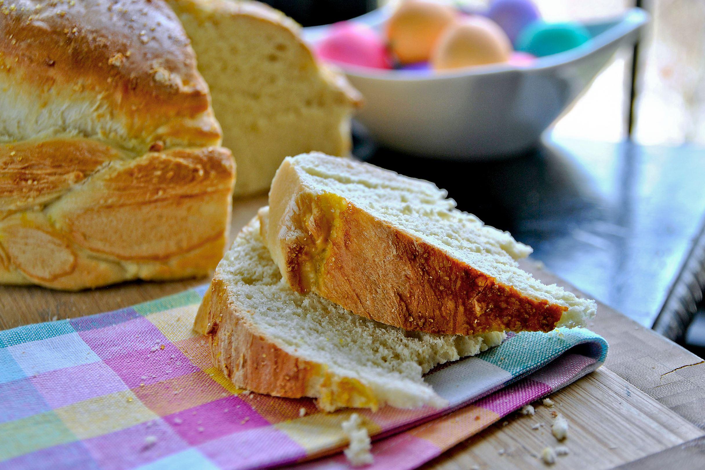 Easter-paska-2-2 Paska (Ukrainian Easter bread).