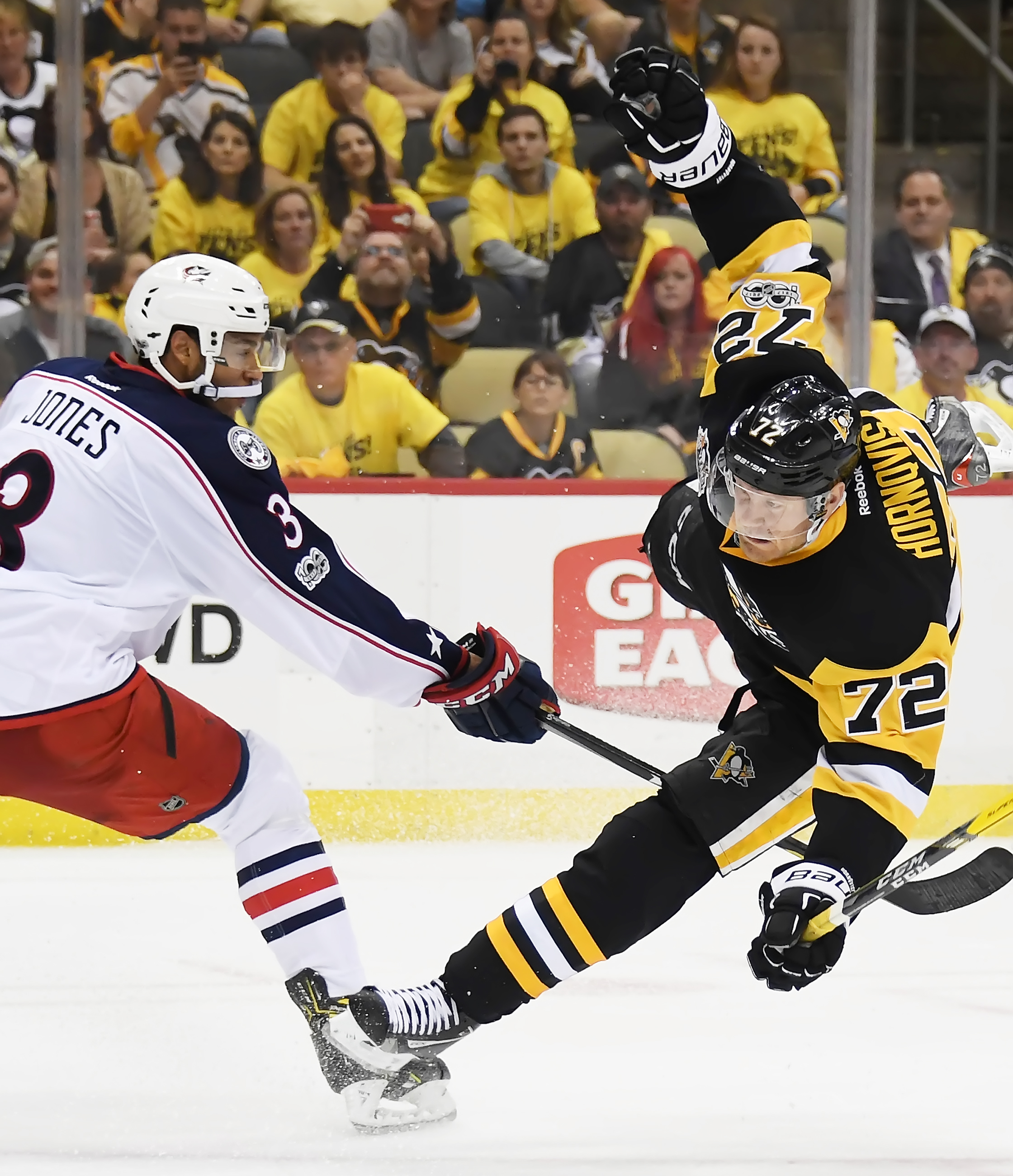 Matt Calvert Viciously Cheap-Shots Tom Kuhnhackl Late In Penguins-Blue Jackets