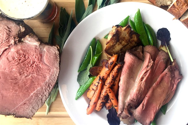Block 292 will serve roast beef with sugar snap peas, roasted carrots and a wedge of bread pudding at its first Sunday Roast.