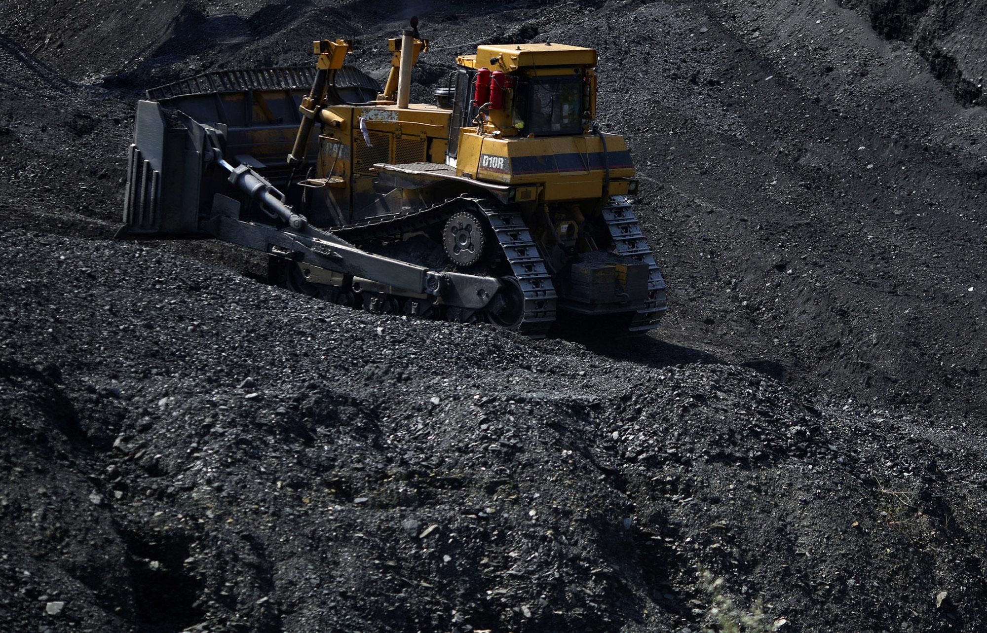 COAL-JOBS A bulldozer moves coal at coal preparation plant in Logan County near Yolyn, West Virginia.