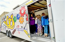 Plum School Districts Mobile STEAM lab in use at Regency Park Elementary School.