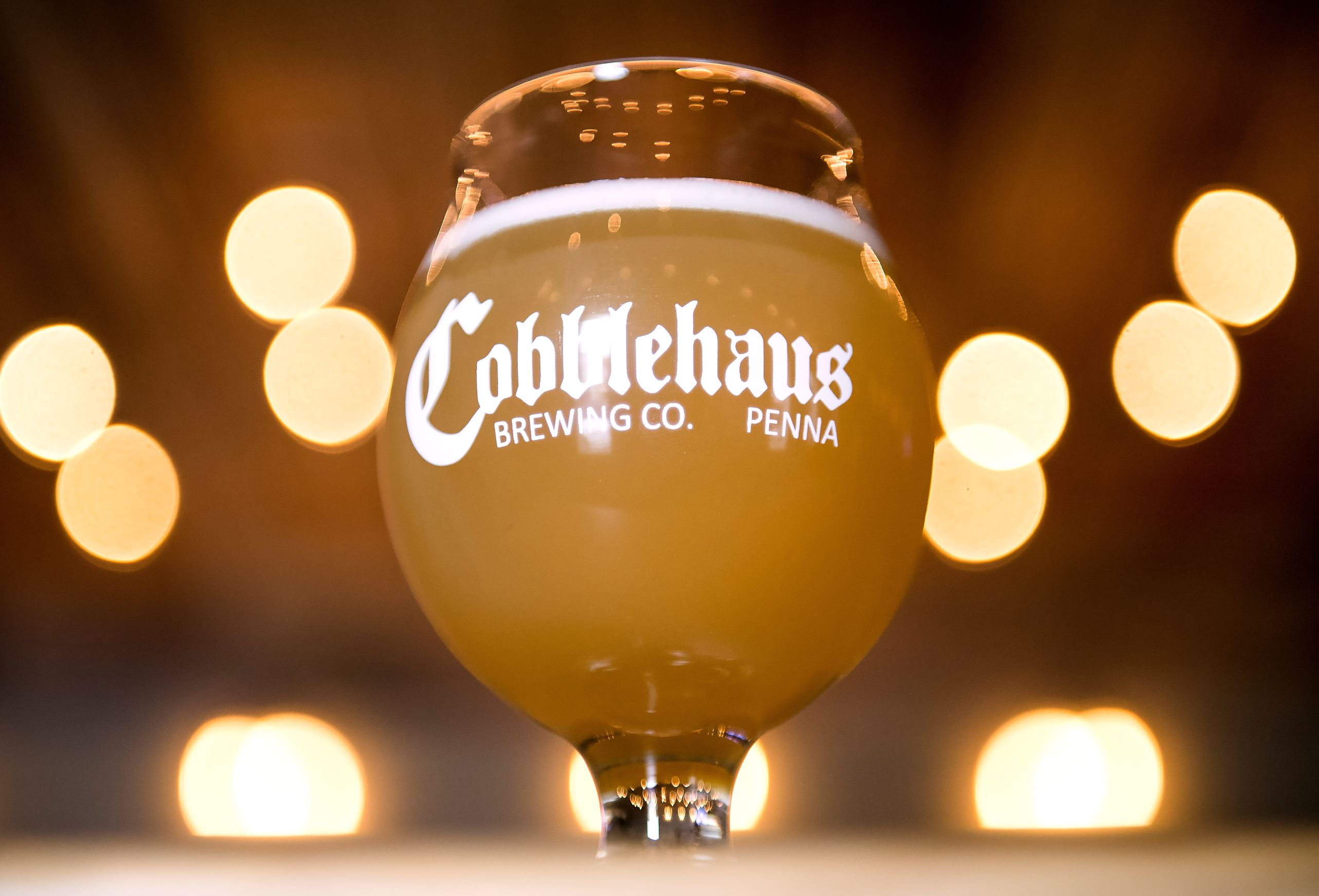 """20170505scCobblehaus-01-3 A """"Maiden of the Ohio"""" Belgian-style Wit is shown."""