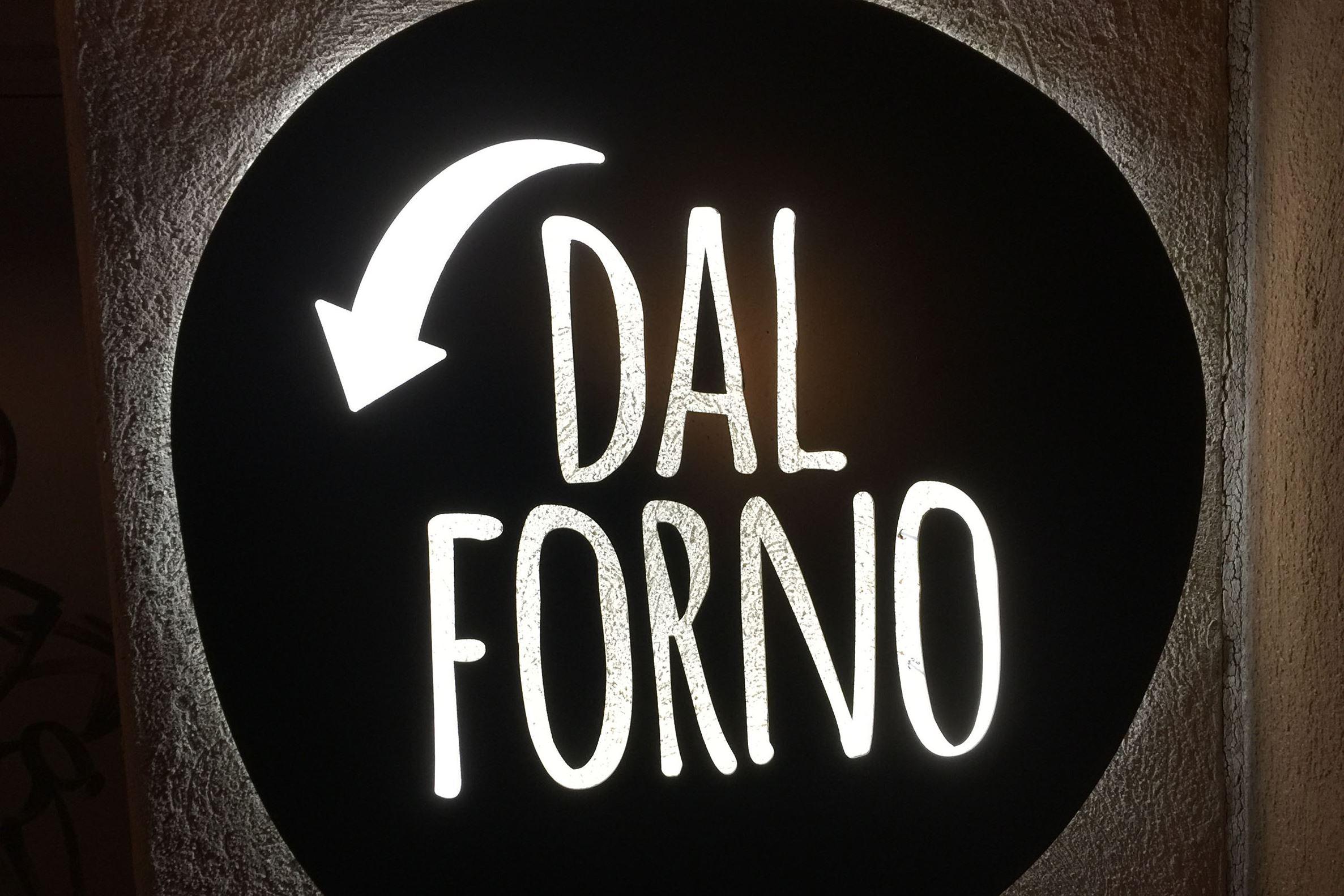 munch dal forno 06-6 An exterior sign at Dal Forno in North Huntington.