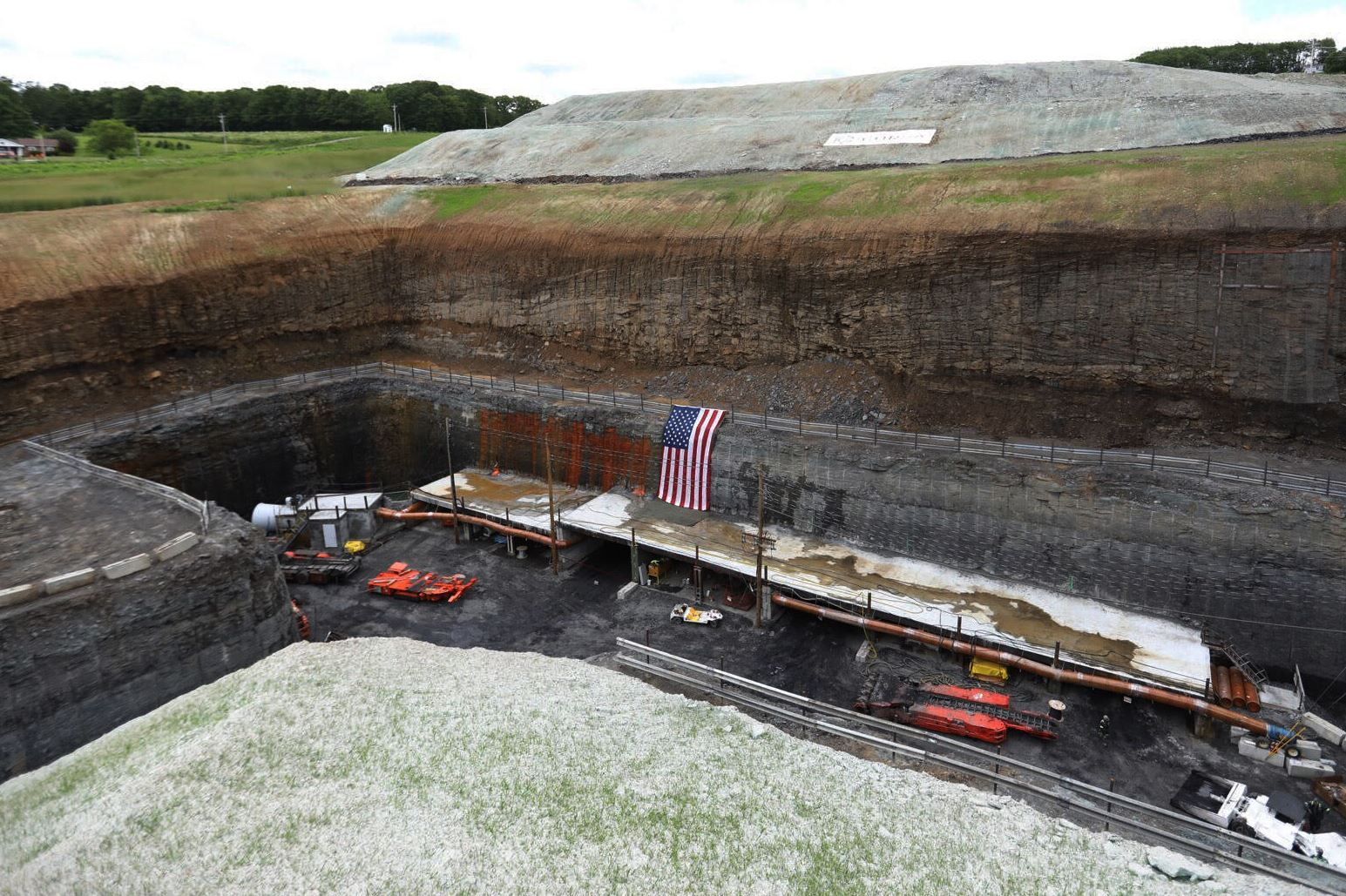 somerset-coal-rush The Acosta Mine in Somerset County is expected bring 70 to 100 jobs to Western Pennsylvania, along with an estimated 500 indirect jobs. Corsa Coal Corp. is marking the occasion on Thursday with grand opening ceremony.
