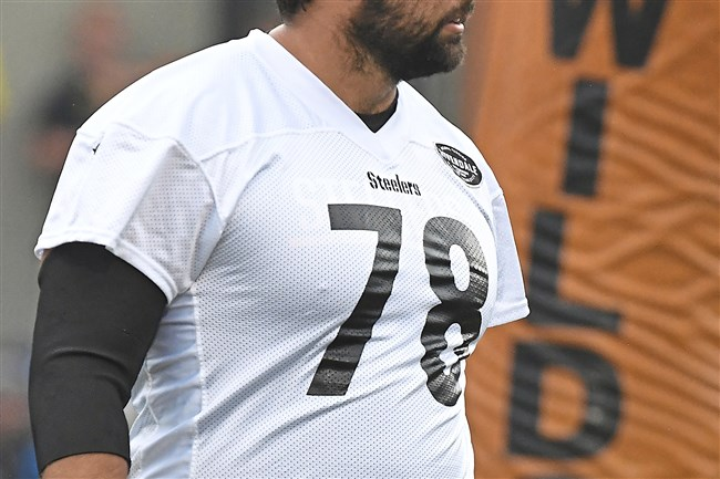 Pittsburgh Steelers Alejandro Villanueva during afternoon practice at Latrobe High School.