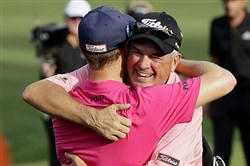 Justin Thomas' father, Mike, right, was an assistant at Fox Chapel Golf Club in the mid-1980s.