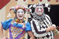 Fool Hearty, Ima and Marquise Nutte, will perform at the Pittsburgh Renaissance Festival.