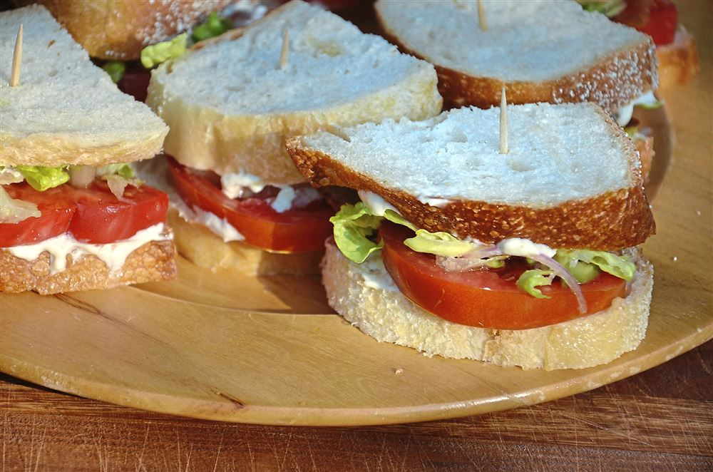 Tomato Sandwiches With Romaine-Olive Salad