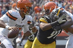 Steelers defensive lineman Stephon Tuitt left the first game of the season with a biceps injury against the Browns.