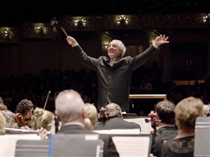 "Manfred Honeck leads the Pittsburgh Symphony Orchestra in a world premiere and Saint-Saens' ""Organ Symphony"" this weekend."