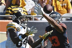 Kyle Fuller breaks up pass intended for Antonio Brown.