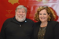 Apple co-founder Steve Wozniak and Simin Curtis, CEO of American Middle East Institute.