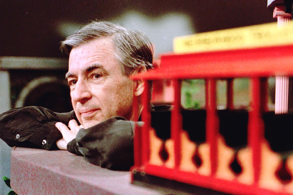 """NS_MRROGERS9b400kbk-5 Fred Rogers pauses during a May 27, 1993 taping of his show """" Mister Rogers' Neighborhood,"""" in Pittsburgh. The final segment of the show was taped Dec. 1, 2000, after more than 30 years on the air."""