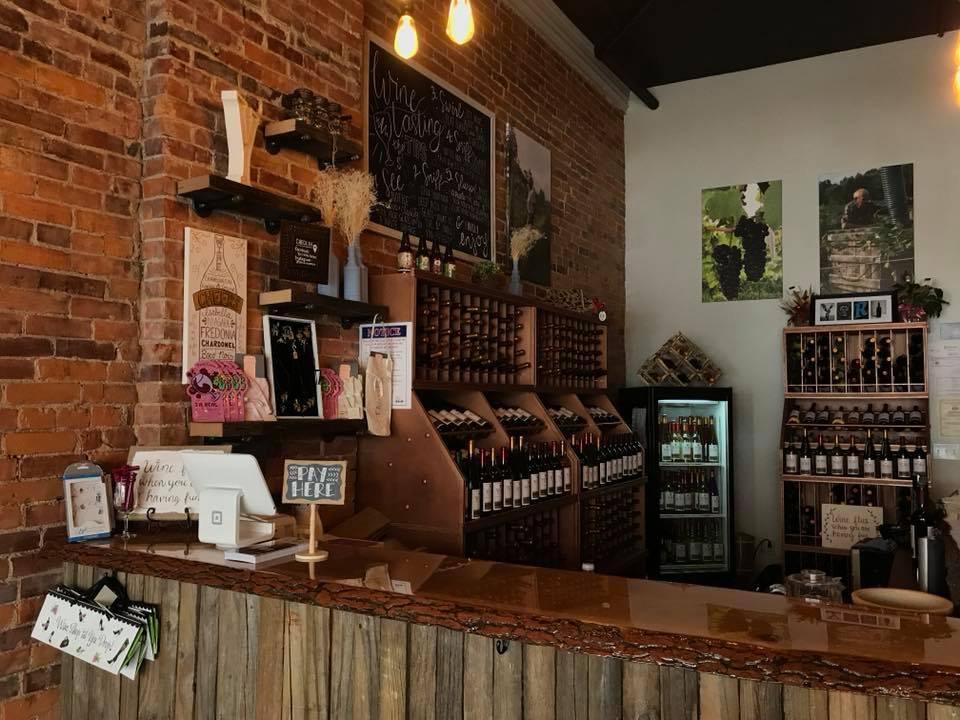 yori4-2 The tasting room of Yori Wine Cellars in North East, Pa.