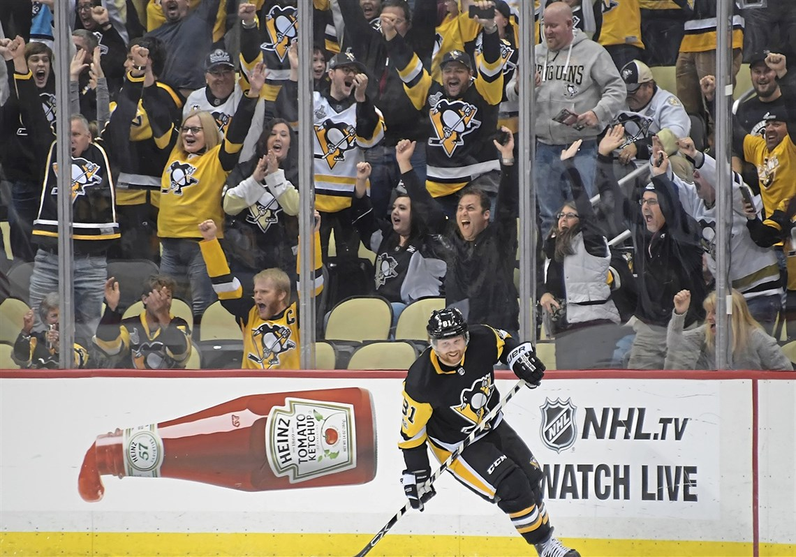 Phil Kessel comes through in the clutch for the second game in a row ...