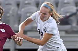 Shady Side Academy's Krystyna Rytel scored two second-half goals in Saturday's 4-0 win.