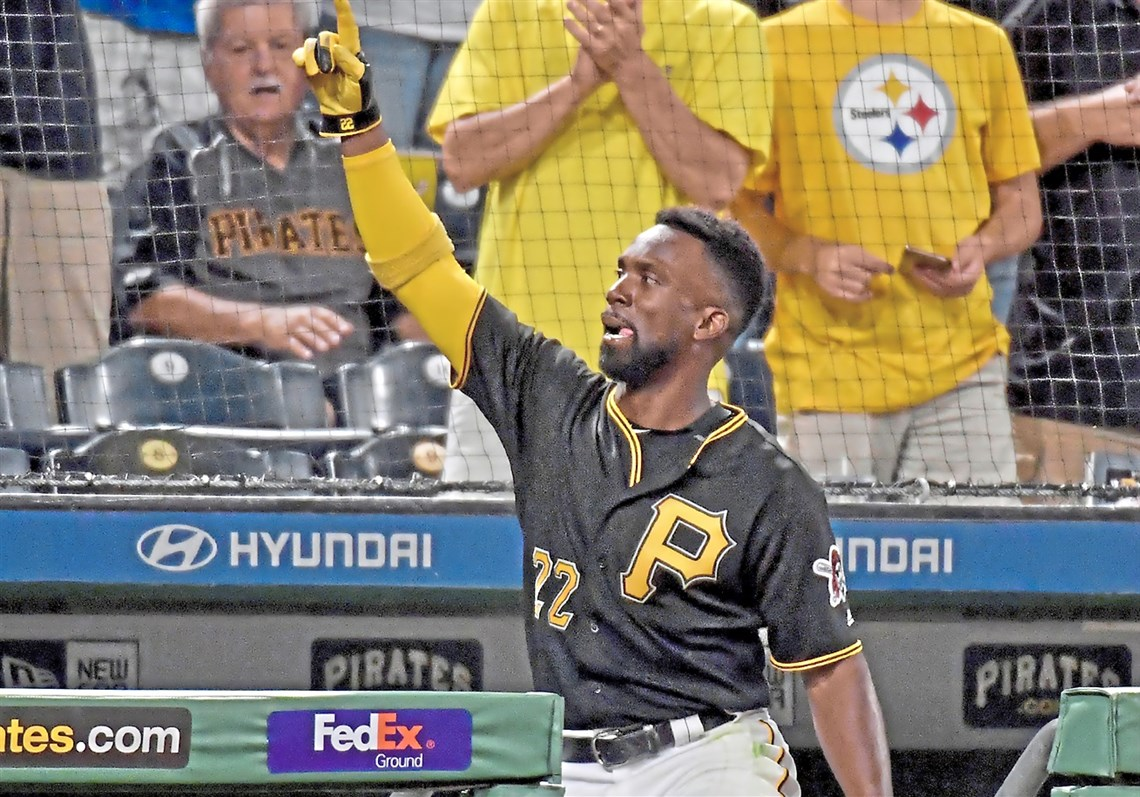 Andrew McCutchen Comes Out For His Second Curtain Call Of The Night After  Hitting A Three