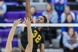 North Allegheny's Kayla Dinkins had eight kills en route to a PIAA Class 4A title.