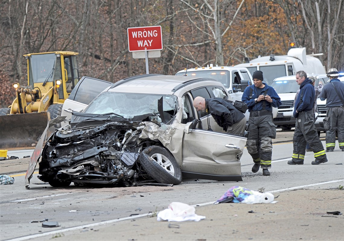 What to do in a crash - Car crashes - Your driving skills - GEARED
