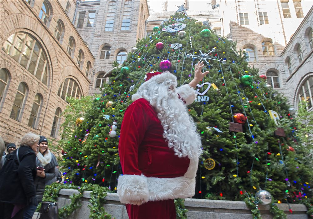 How to celebrate Christmas like a Pittsburgher | Pittsburgh Post-Gazette